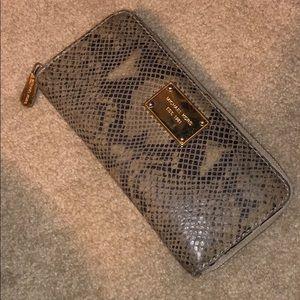 Michael Kors snake skinned wallet